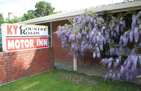 KY COUNTRY ROADS MOTOR INN - Yarra Valley Accommodation