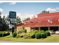 Quality Inn Charbonnier Hallmark - Yarra Valley Accommodation