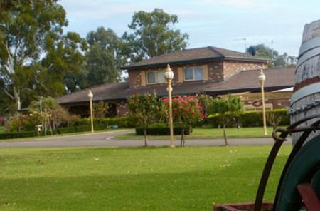 Carriage House Motor Inn - Yarra Valley Accommodation