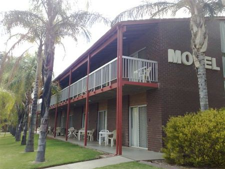 Barmera Hotel Motel - Yarra Valley Accommodation