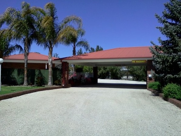 Golden Chain Border Gateway Motel - Yarra Valley Accommodation