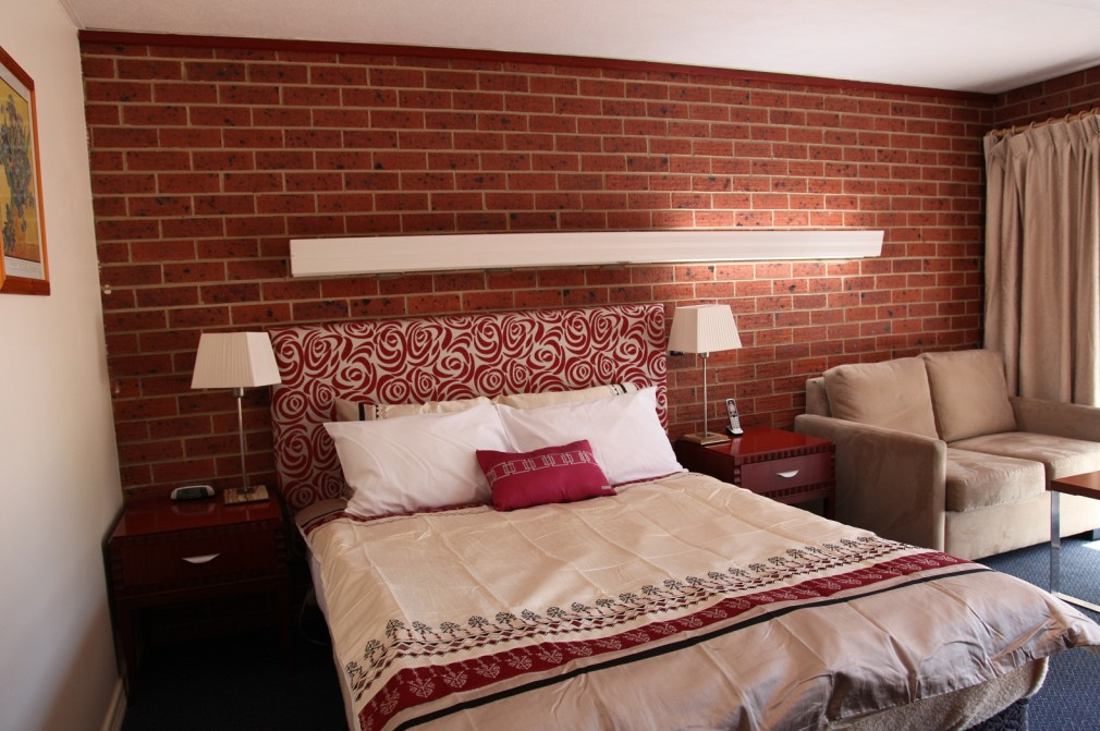 Carnegie Motor Inn and Serviced Apartments - Yarra Valley Accommodation