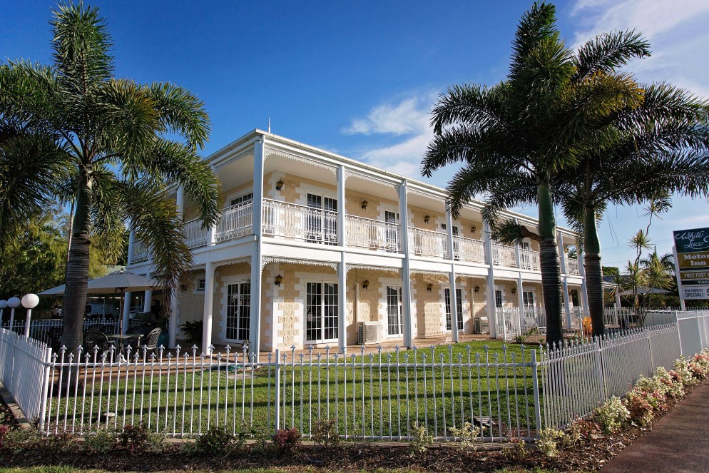 White Lace Motor Inn - Yarra Valley Accommodation