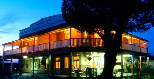 Abernethy Guesthouse - Yarra Valley Accommodation