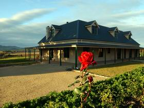 Abbotsford Country House - Yarra Valley Accommodation