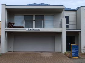 Tradewinds at Port Elliot - Yarra Valley Accommodation