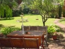 Peppertree Cottage Bed and Breakfast - Normanville - Yarra Valley Accommodation