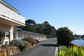 Waterfront Wynyard - The - Yarra Valley Accommodation