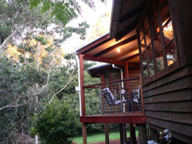 African Cottage The Rondawel Kalahari Cottage and Cape Cottage - Yarra Valley Accommodation
