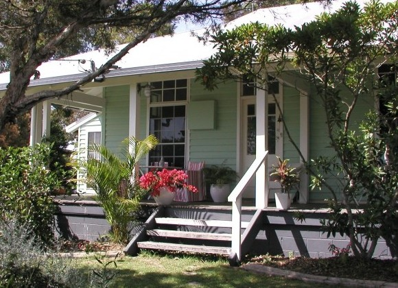 Huskisson Bed  Breakfast - Yarra Valley Accommodation