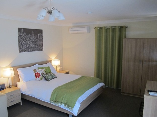 West Wing Guest House - Yarra Valley Accommodation