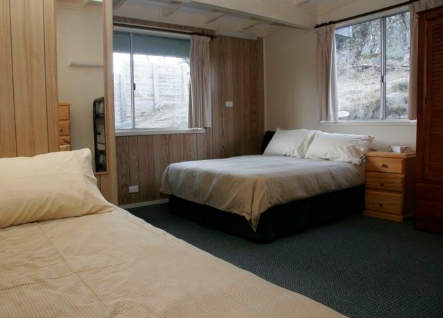 Royal Coachman Ski Lodge - Yarra Valley Accommodation