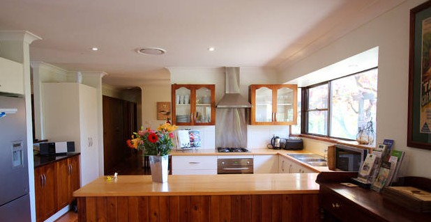 Cicada Country House - Yarra Valley Accommodation