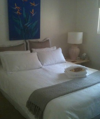 Absolute Beachfront Manly Bed and Breakfast - Yarra Valley Accommodation