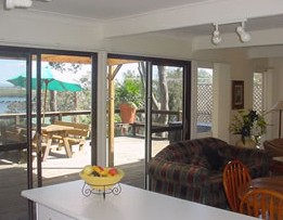 Lakeview Cottage - Yarra Valley Accommodation