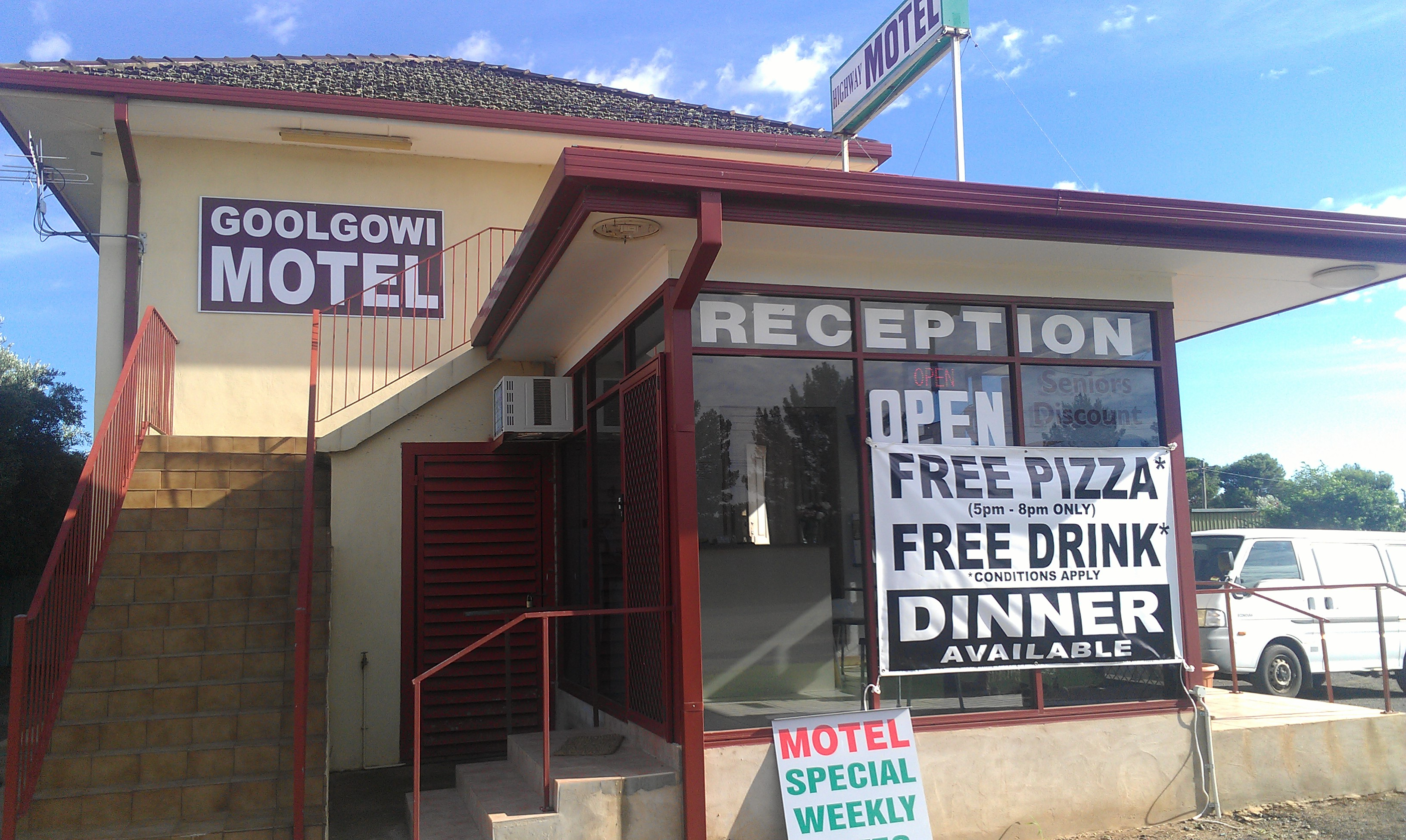 Royal Mail Hotel Goolgowi - Yarra Valley Accommodation