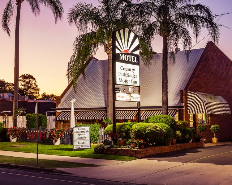 Country Pathfinder Motor Inn - Yarra Valley Accommodation