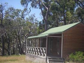 Cave Park Cabins - Yarra Valley Accommodation