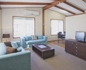 Karalta Court Village - Yarra Valley Accommodation