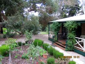 Barossa Country Cottages - Yarra Valley Accommodation