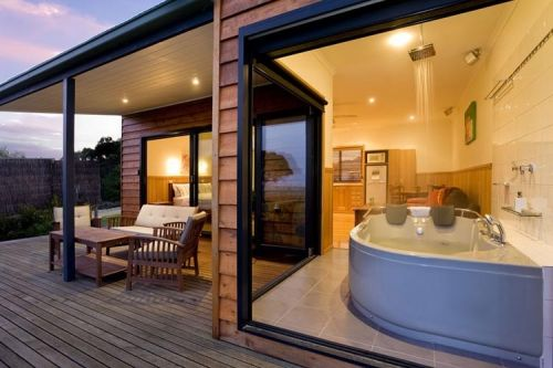 Coastal View Cabins - Yarra Valley Accommodation