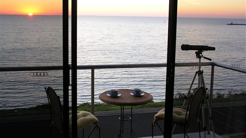 Clifftop Accommodation Portland Victoria - Yarra Valley Accommodation