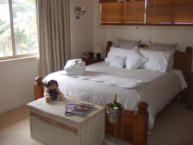 Ayr Bed and Breakfast on McIntyre - Yarra Valley Accommodation