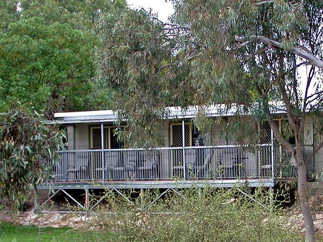 Donald Riverside Motel - Yarra Valley Accommodation