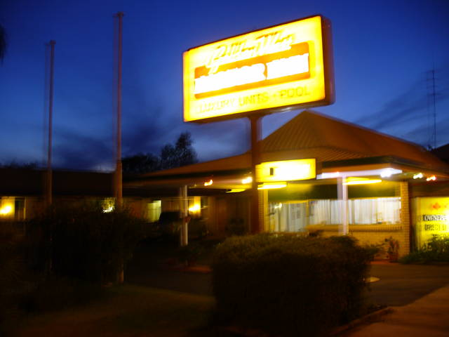 Golden West Motor Inn - Yarra Valley Accommodation