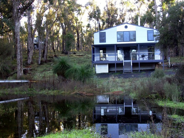 Hidden Grove Retreat - Yarra Valley Accommodation