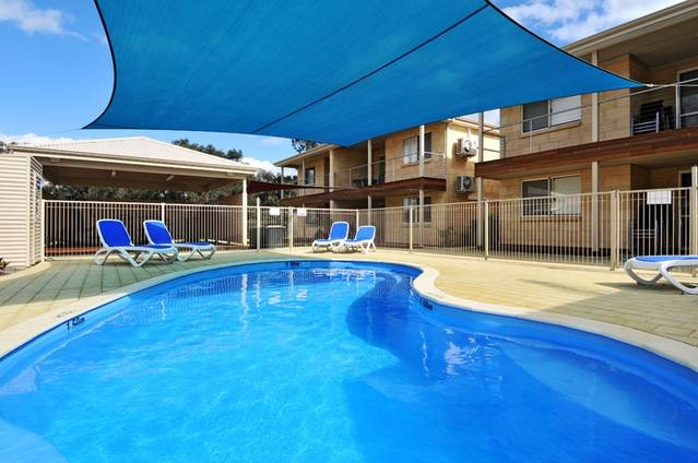 Lakeside Holiday Apartments - Yarra Valley Accommodation