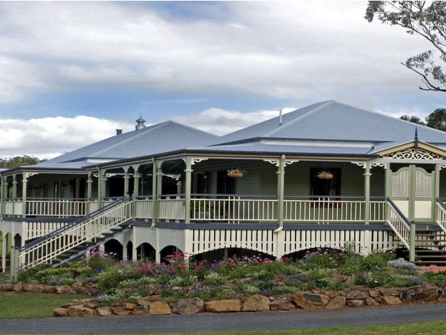The Sanctuary Springbrook Guest House Cottage - Yarra Valley Accommodation