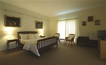 Yarrahapinni Homestead - Yarra Valley Accommodation