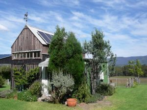 Runnymeade Garden Studio Bed and Breakfast - Yarra Valley Accommodation