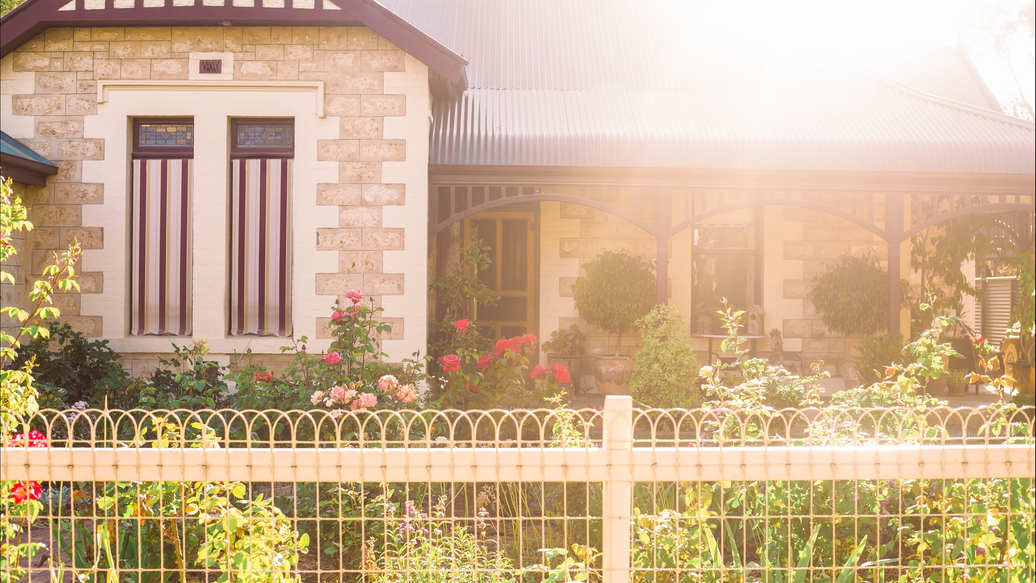 Hamilton House Bed And Breakfast - Yarra Valley Accommodation