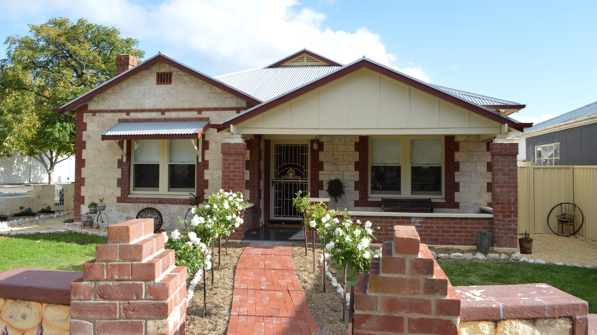 Two Cow Cottage Bed and Breakfast - Yarra Valley Accommodation