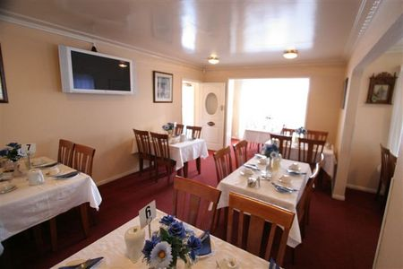 Blue  White Lodge - Yarra Valley Accommodation
