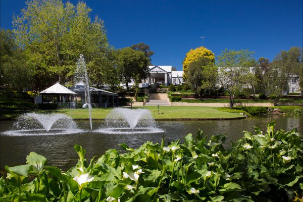 Crowne Plaza Hawkesbury Valley - Yarra Valley Accommodation