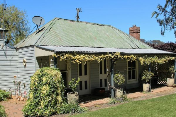 Drayshed Cottage - Yarra Valley Accommodation