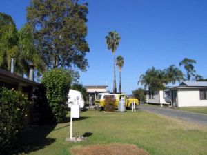Browns Caravan Park - Yarra Valley Accommodation