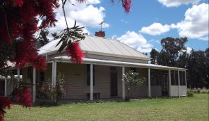 Savernake Farm Stay - Yarra Valley Accommodation