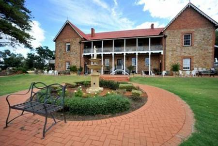 Faversham House York - Yarra Valley Accommodation