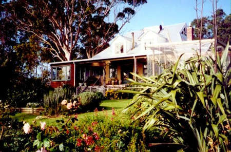 The Sleeping Lady Private Retreat - Yarra Valley Accommodation