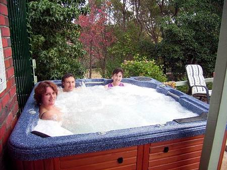 Falls Retreat Bed And Breakfast - Yarra Valley Accommodation