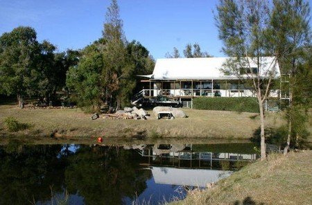 Mullimburra Beach House - Yarra Valley Accommodation