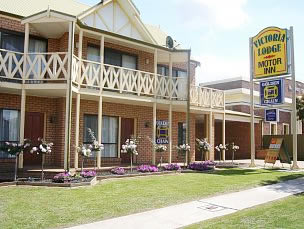 Victoria Lake Holiday Park - Yarra Valley Accommodation