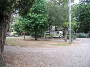 El Paso Caravan Park - Yarra Valley Accommodation