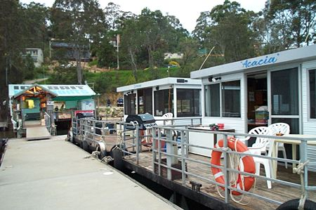 Clyde River Houseboats - Yarra Valley Accommodation