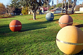 Sculpture Trail - Great Western Tiers - Yarra Valley Accommodation