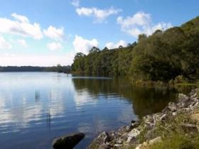 Lake Paluma - Yarra Valley Accommodation